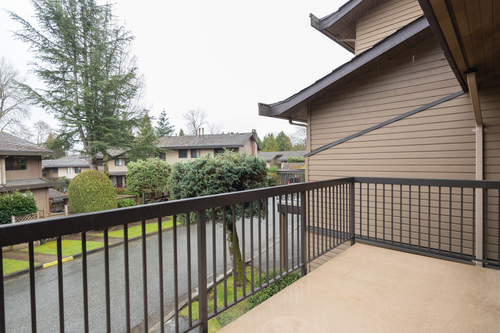 balcony at 6887 Bromley Court, Montecito, Burnaby North