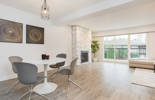 dining2 at 6887 Bromley Court, Montecito, Burnaby North