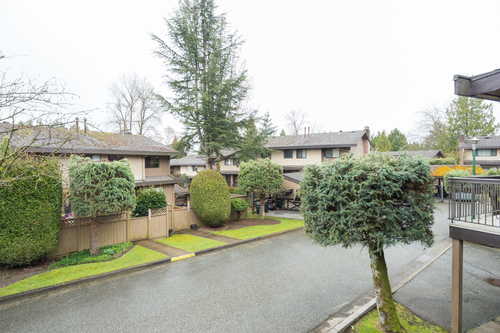 30 at 6891 Bromley Court, Montecito, Burnaby North