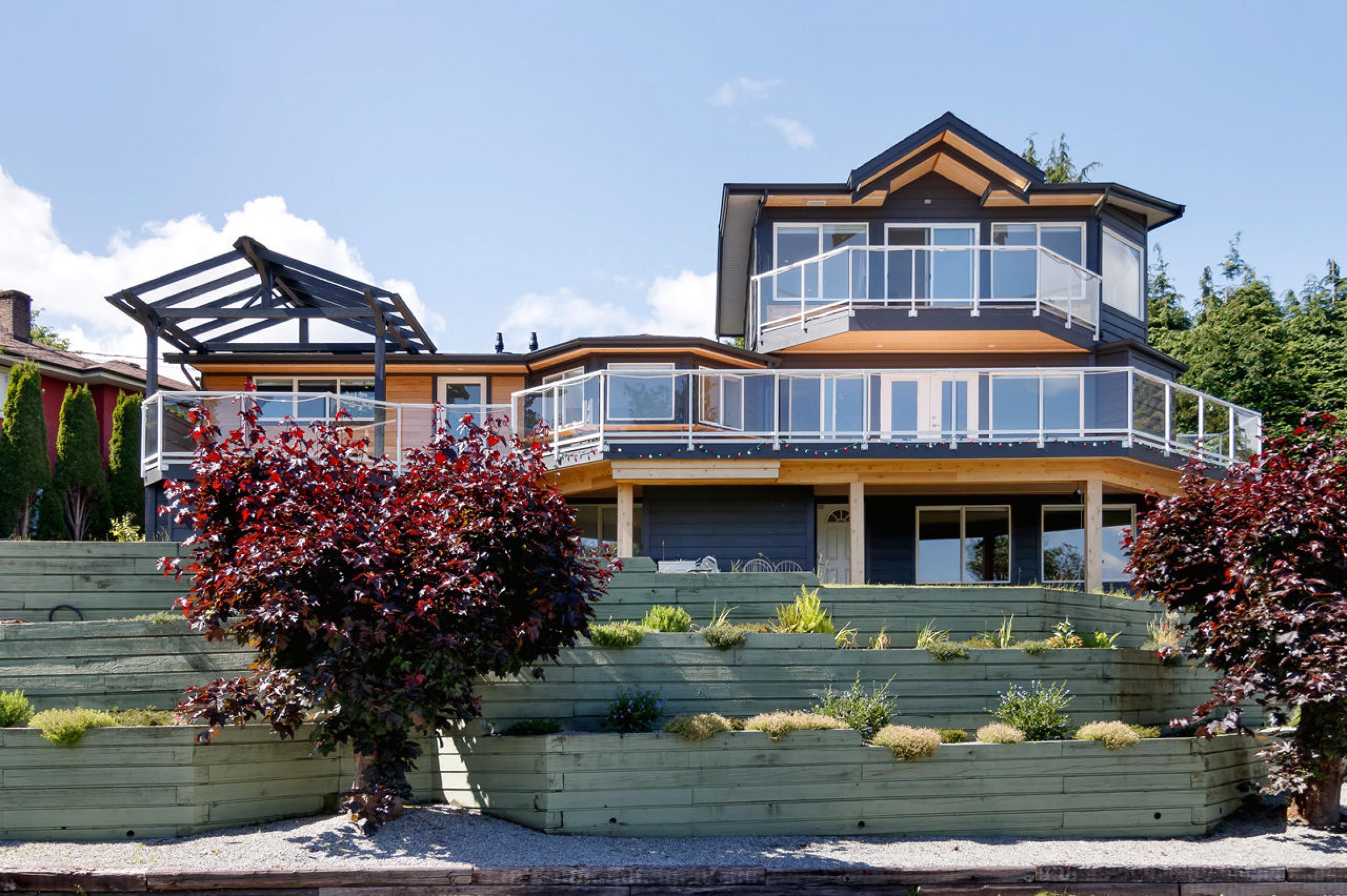 845 E Keith Road, Calverhall, North Vancouver