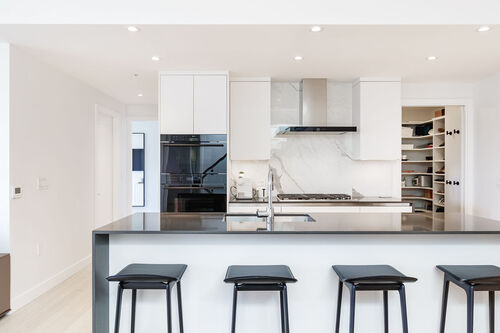 h17-kitchen at 402 - 717 West 17th Street, Cambie, Vancouver West
