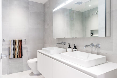 h17ensuite at 402 - 717 West 17th Street, Cambie, Vancouver West