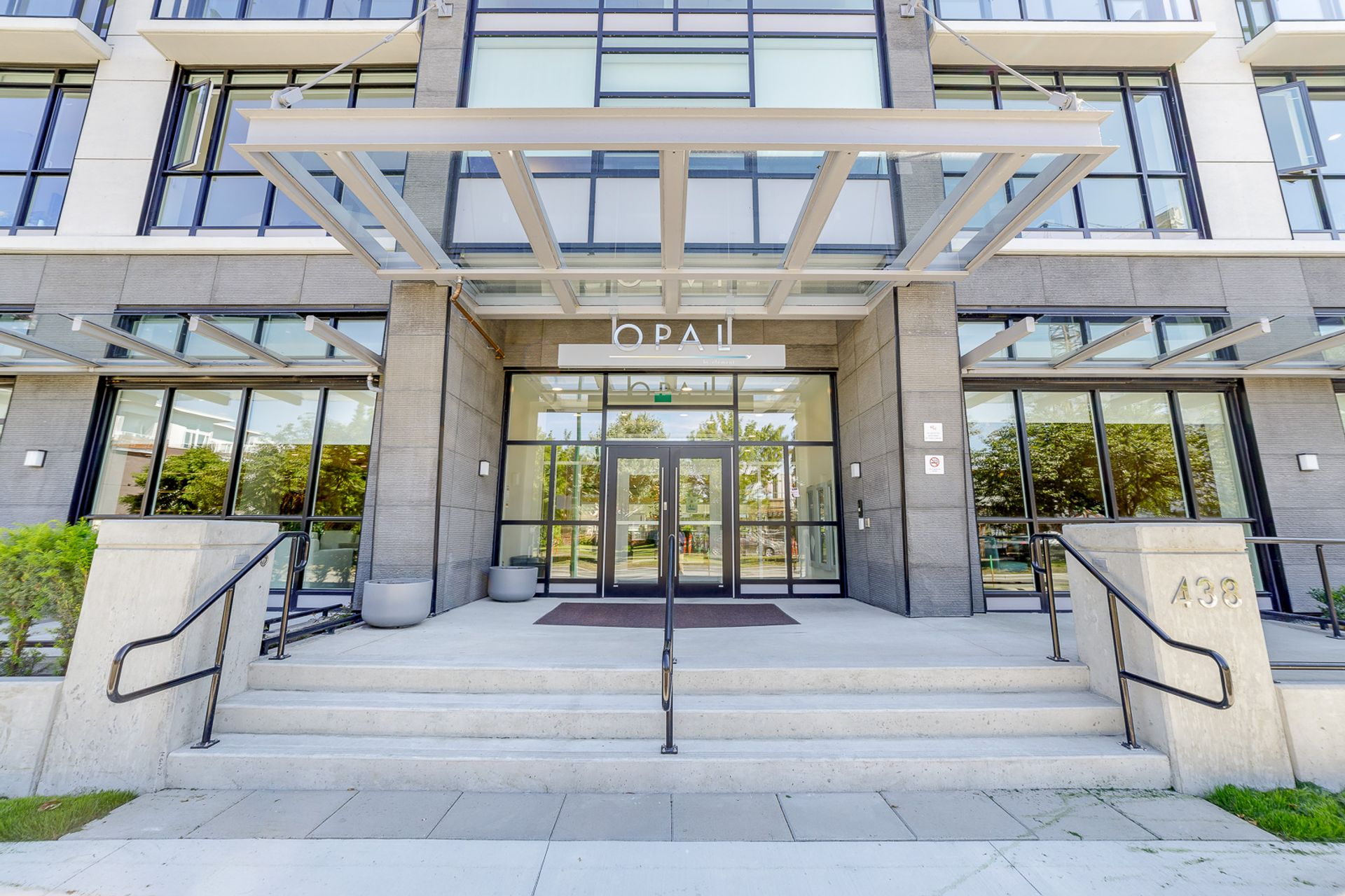 571 -  438 King Edward, Cambie, Vancouver West