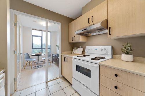 photo-16 at 706 - 3520 Crowley Drive, Collingwood VE, Vancouver East