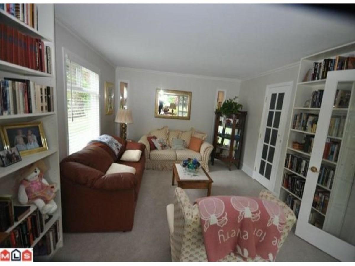 image-259541466-2.jpg at 13867 17a Avenue, Sunnyside Park Surrey, South Surrey White Rock