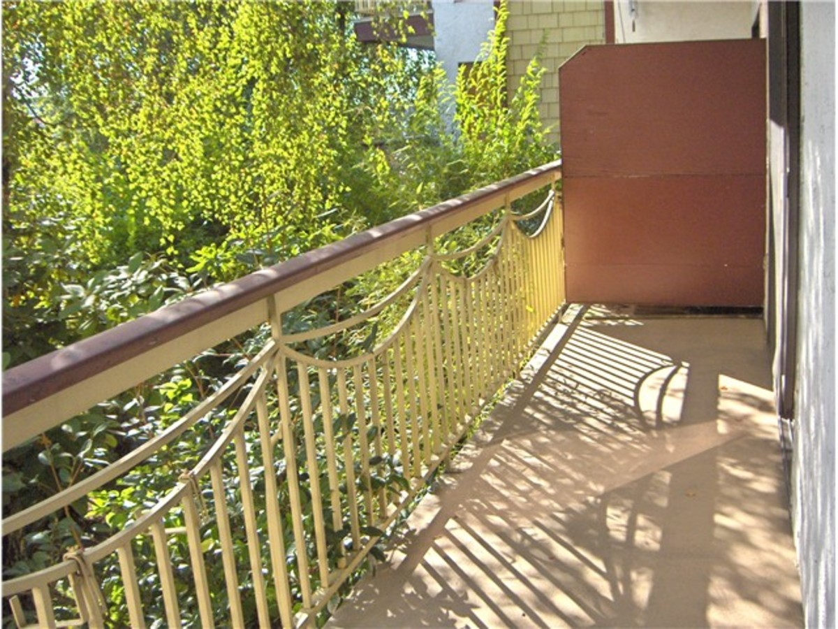 image-259763620-6.jpg at 104 - 123 19th Street, Central Lonsdale, North Vancouver