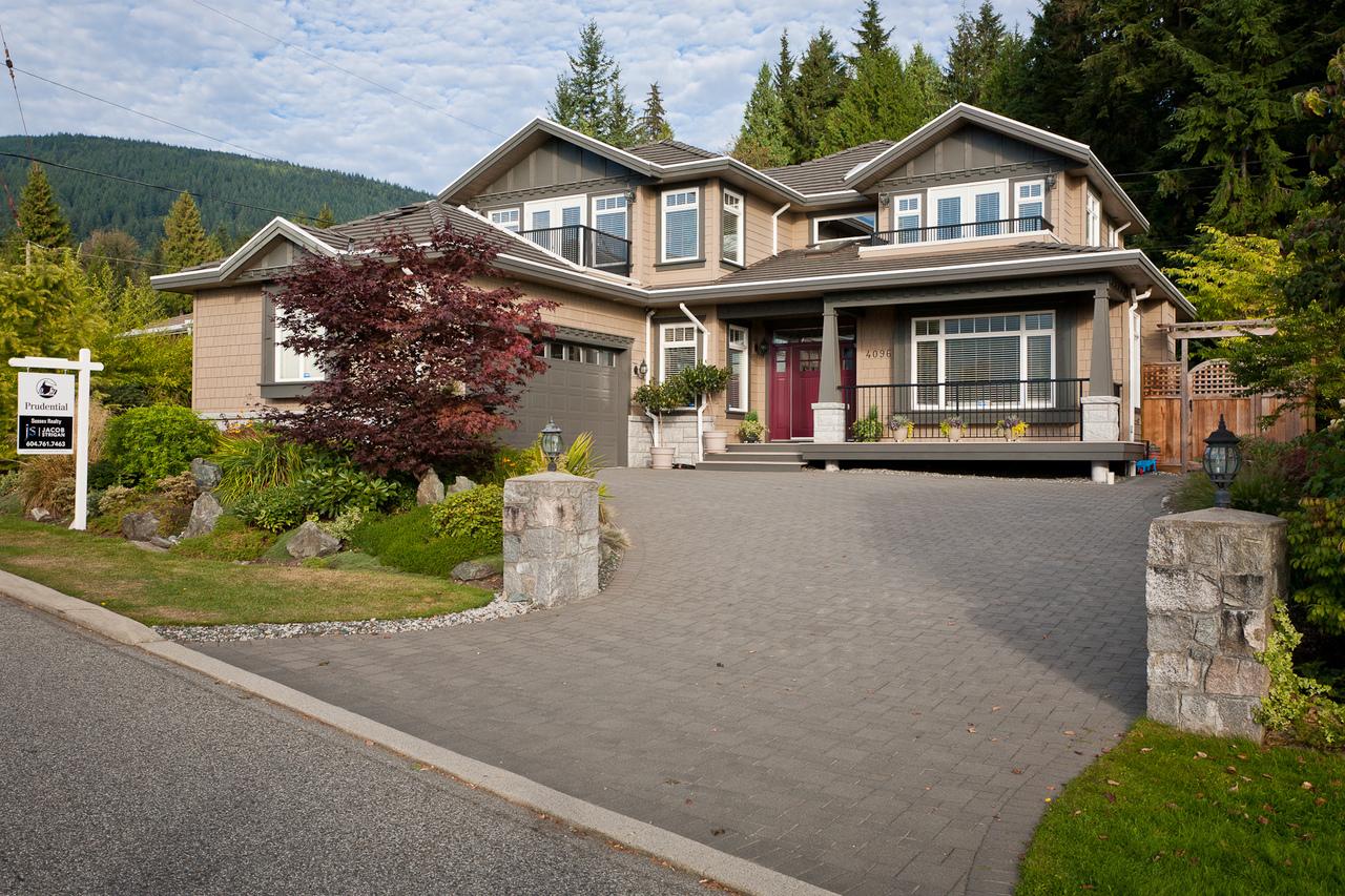01_20120926_5D_9387-es at 4096 Skyline Drive, Forest Hills NV, North Vancouver