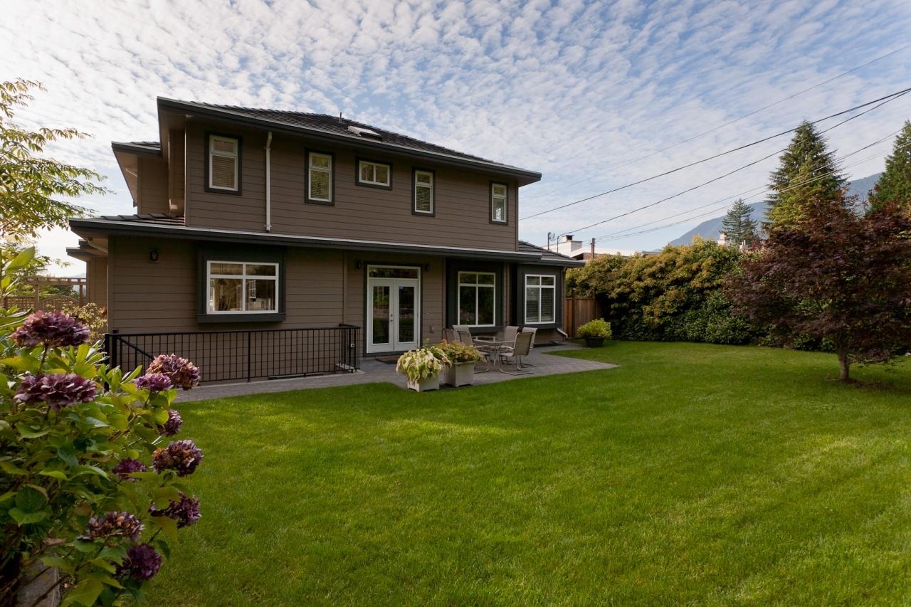 27_20120926_5D_9396-es at 4096 Skyline Drive, Forest Hills NV, North Vancouver