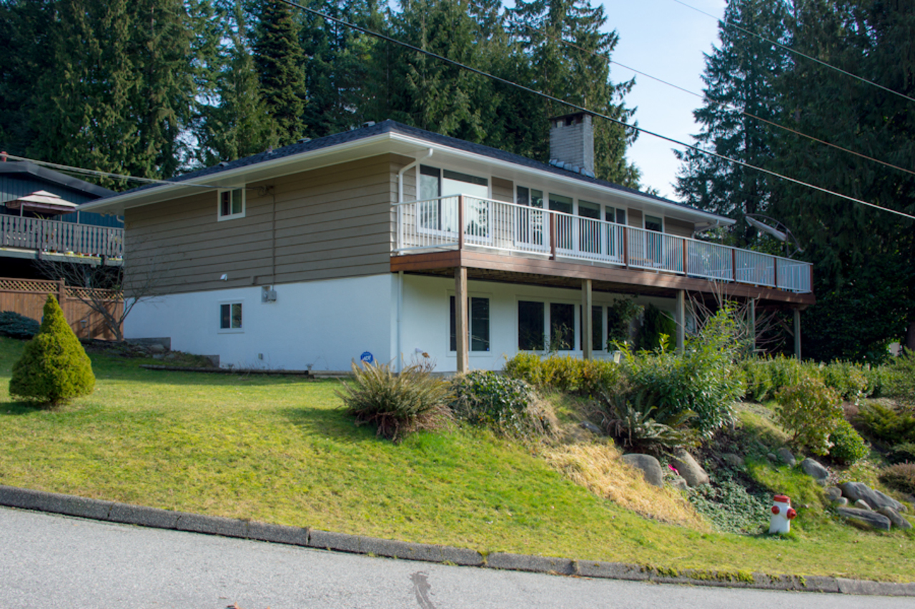 1 at 583 Dolores Place, Upper Delbrook, North Vancouver