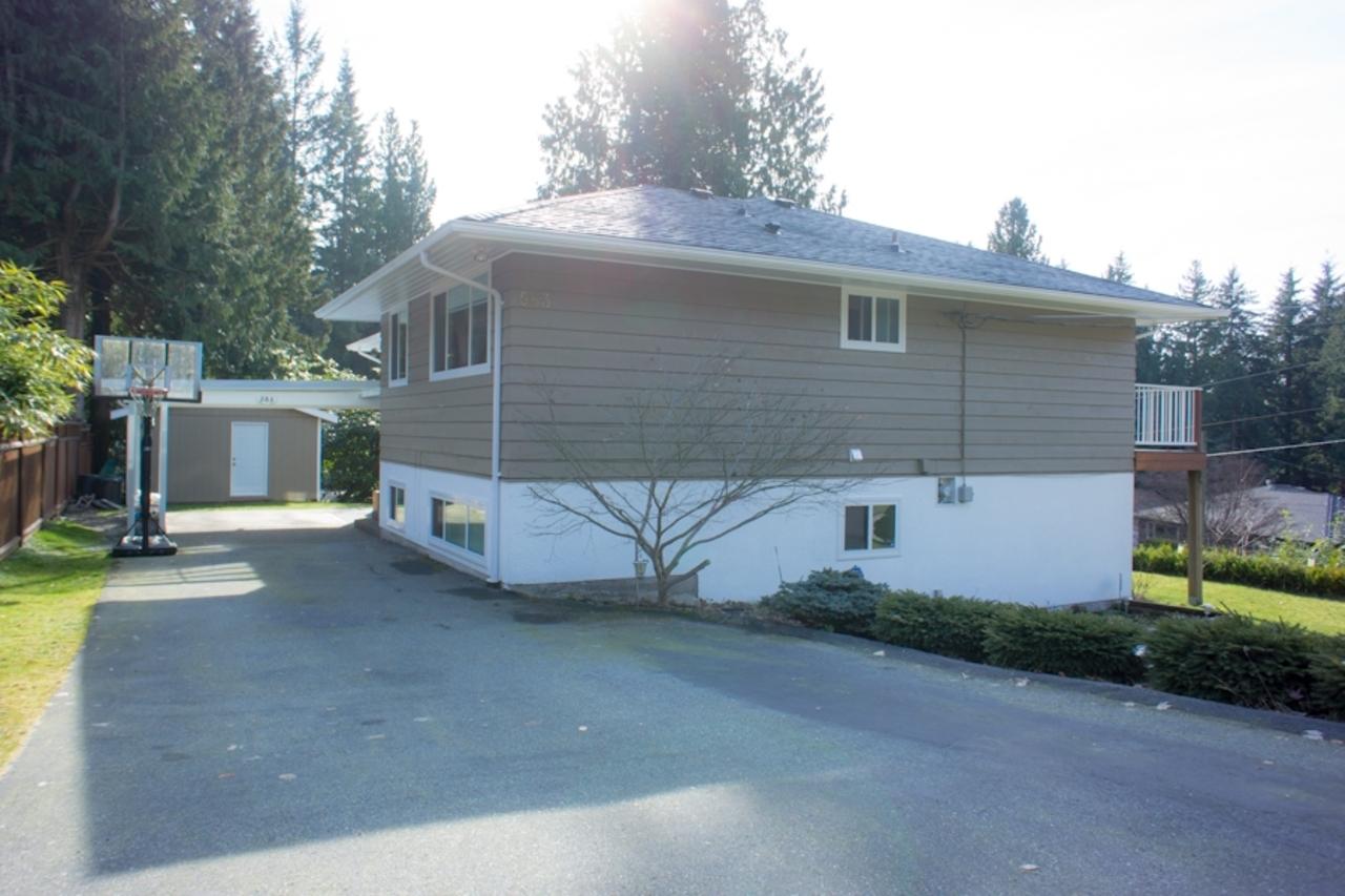 583deloress-feb10-25 at 583 Dolores Place, Upper Delbrook, North Vancouver