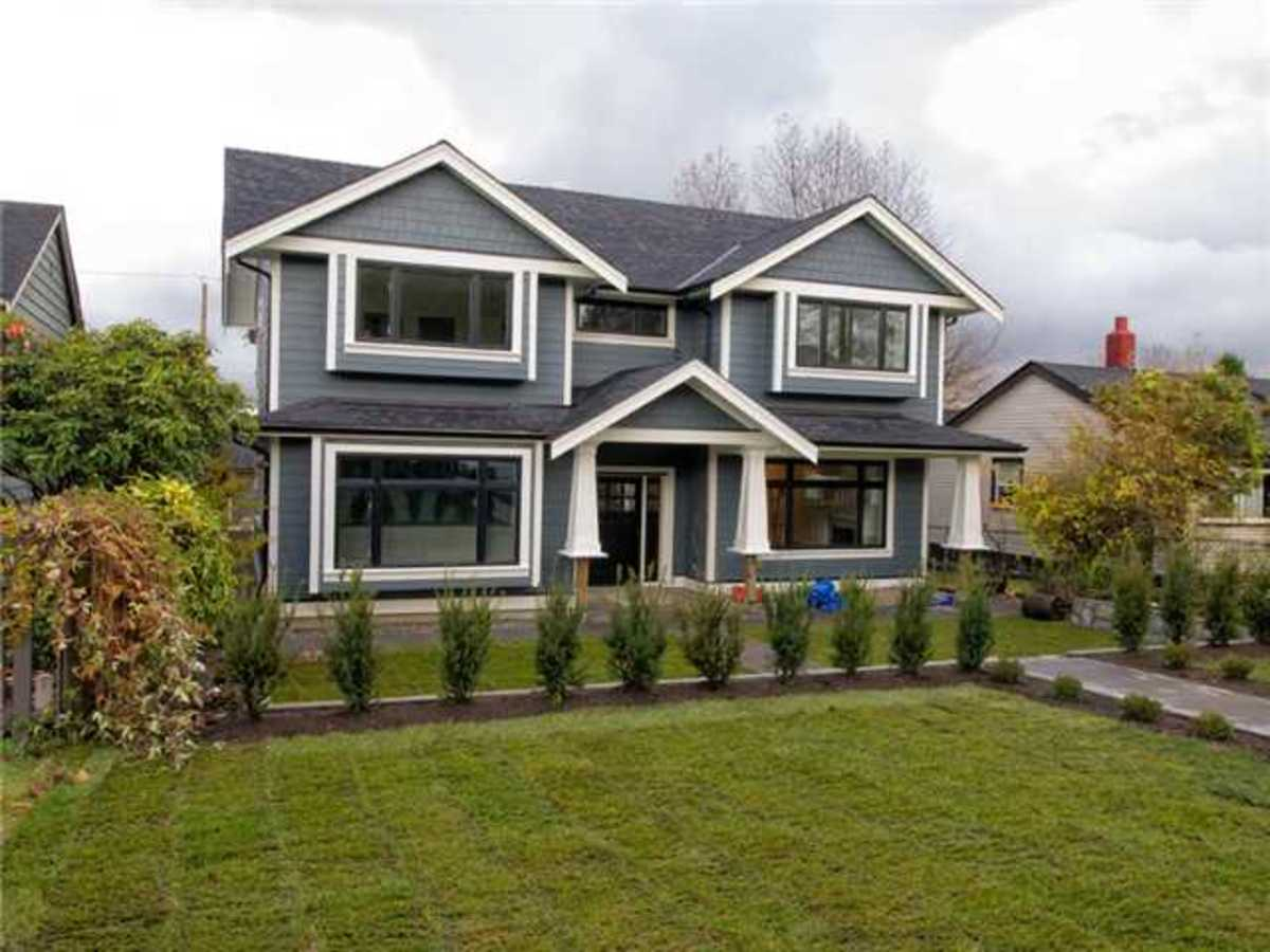image-260164407-1.jpg at 633 East 4th Street, Queensbury, North Vancouver