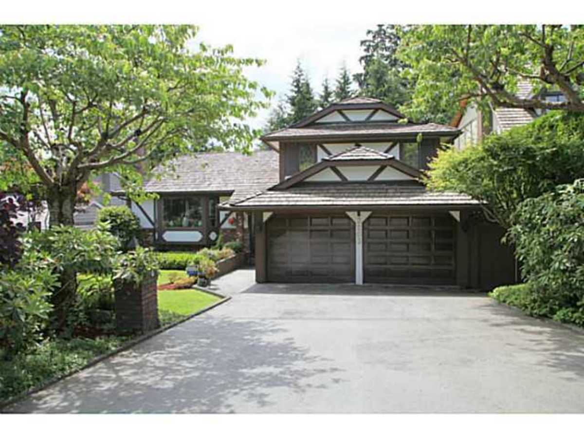 image-260502713-1.jpg at 3203 Huntleigh Crescent, Windsor Park NV, North Vancouver