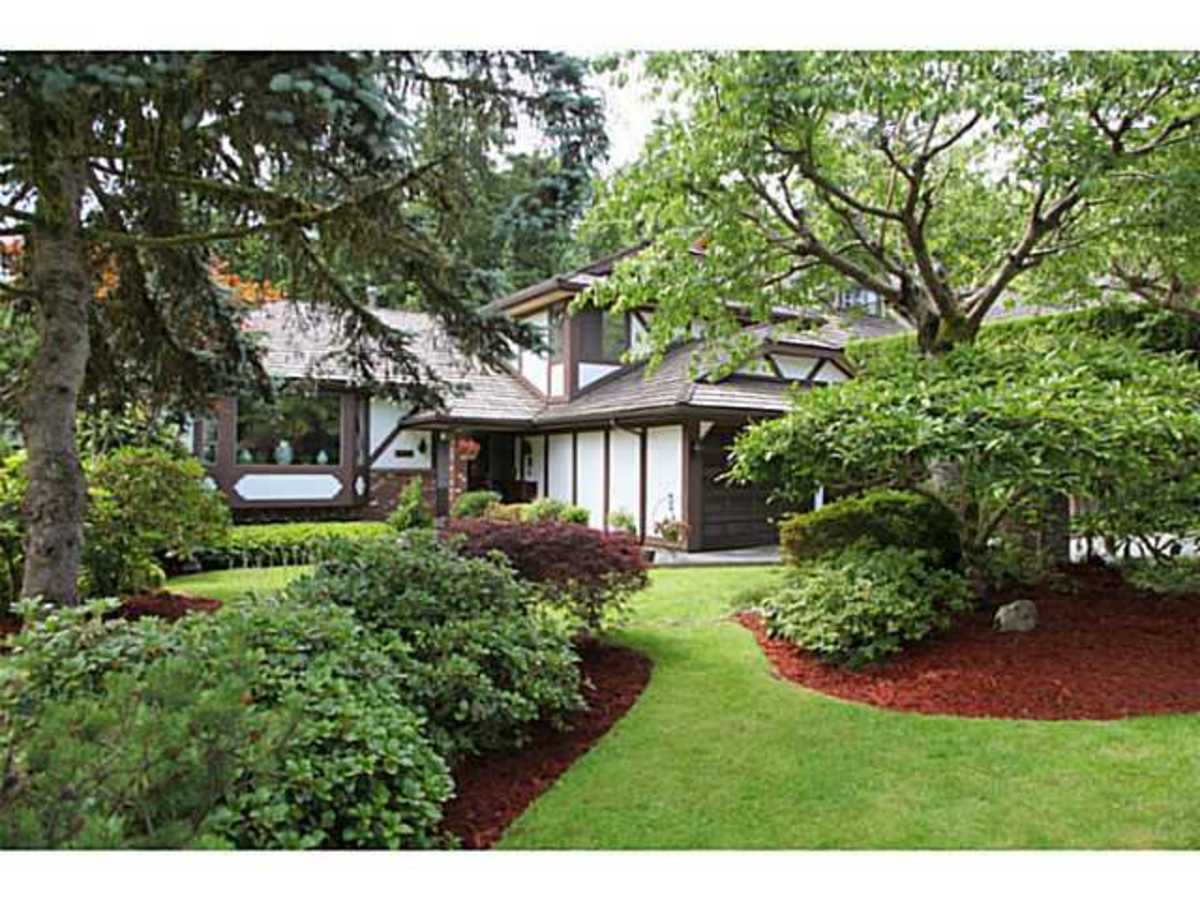 image-260502713-2.jpg at 3203 Huntleigh Crescent, Windsor Park NV, North Vancouver