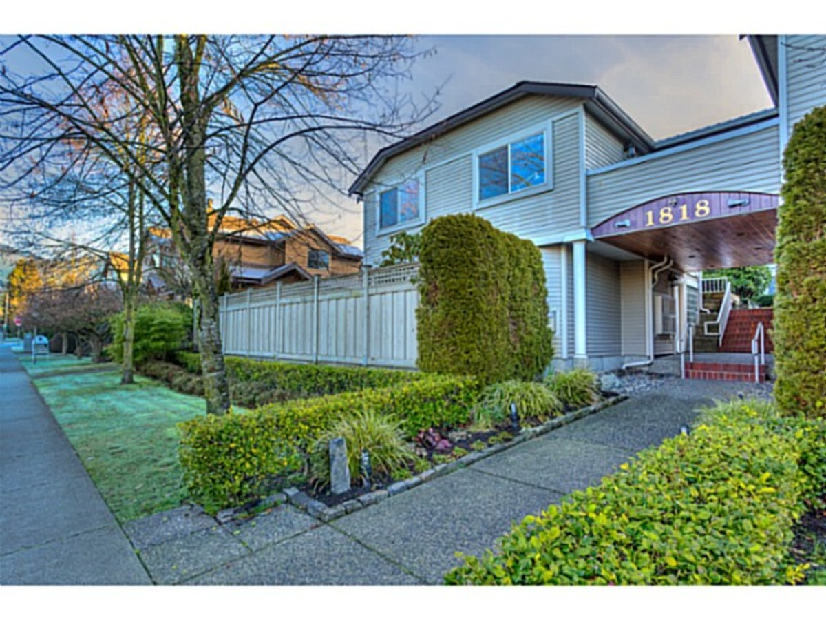 North Vancouver townhouse for sale.jpg at 2 - 1818 Chesterfield Ave, Central Lonsdale, North Vancouver