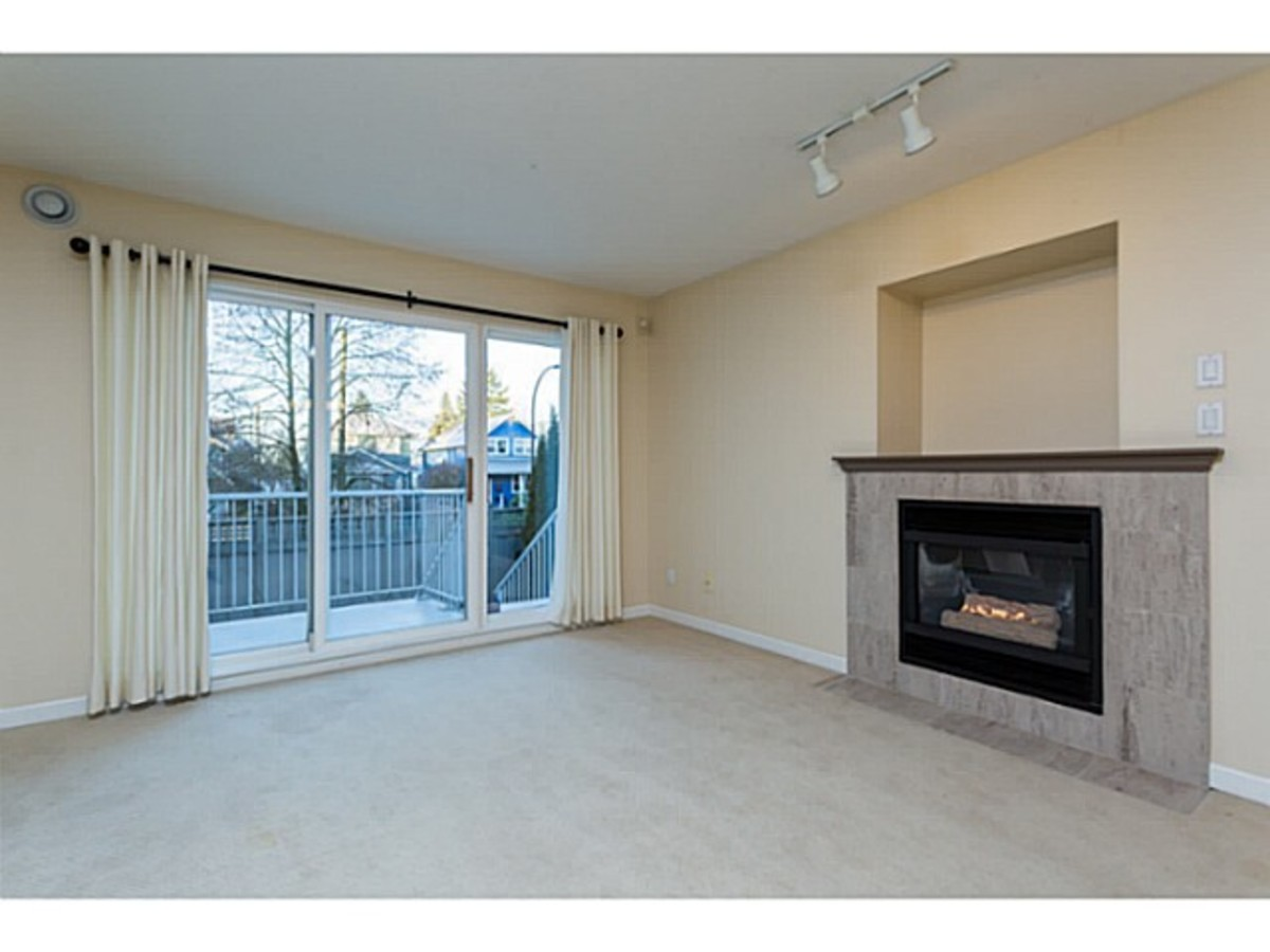 North Vancouver Agent.jpg at 2 - 1818 Chesterfield Ave, Central Lonsdale, North Vancouver