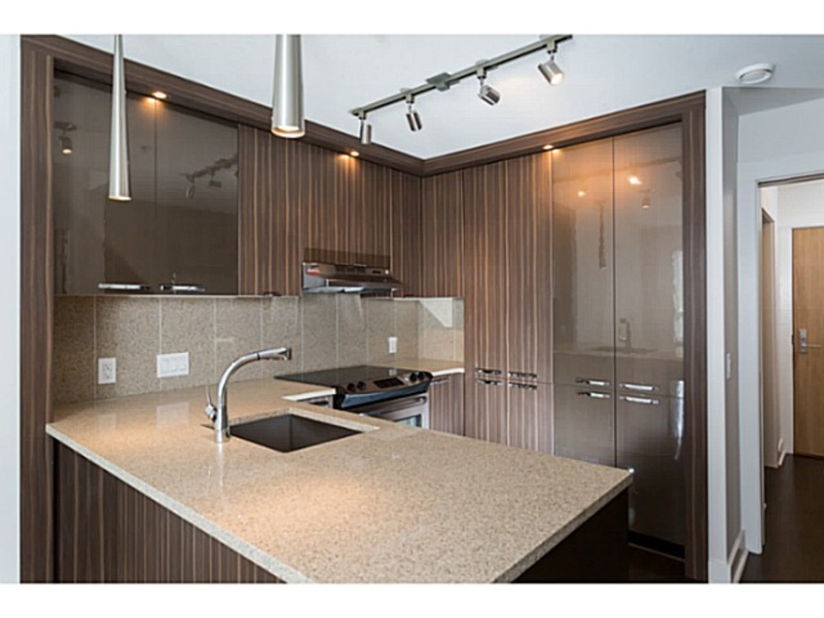 image-260955796-12.jpg at 201 - 733 West 14th Street, Hamilton, North Vancouver