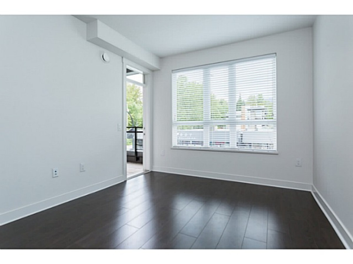 image-260955796-5.jpg at 201 - 733 West 14th Street, Hamilton, North Vancouver