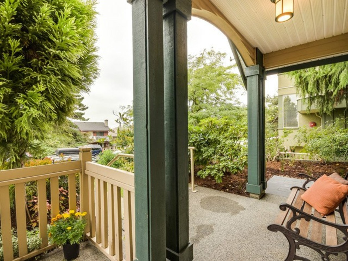 image-261238959-2.jpg at 1 - 222 East 5th Street, Lower Lonsdale, North Vancouver