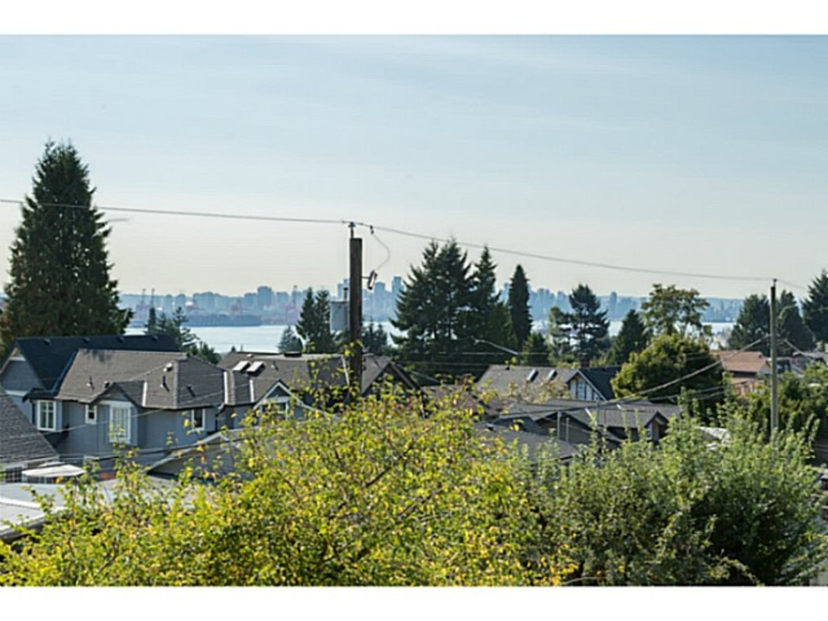 image-261274757-1.jpg at 633 East 6th Street, Queensbury, North Vancouver