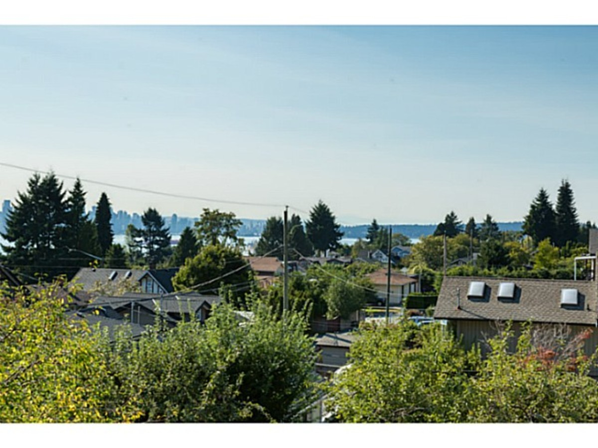 image-261274757-5.jpg at 633 East 6th Street, Queensbury, North Vancouver