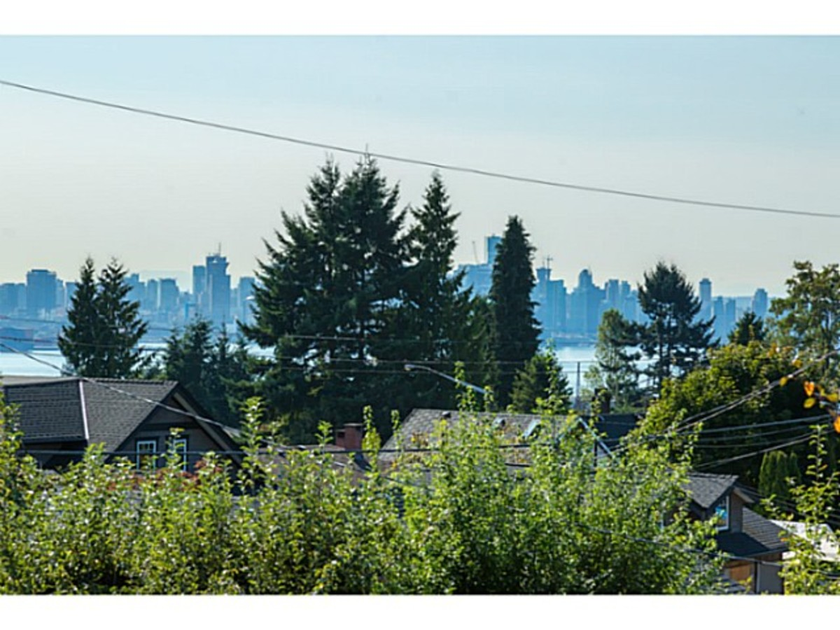 image-261274757-7.jpg at 633 East 6th Street, Queensbury, North Vancouver