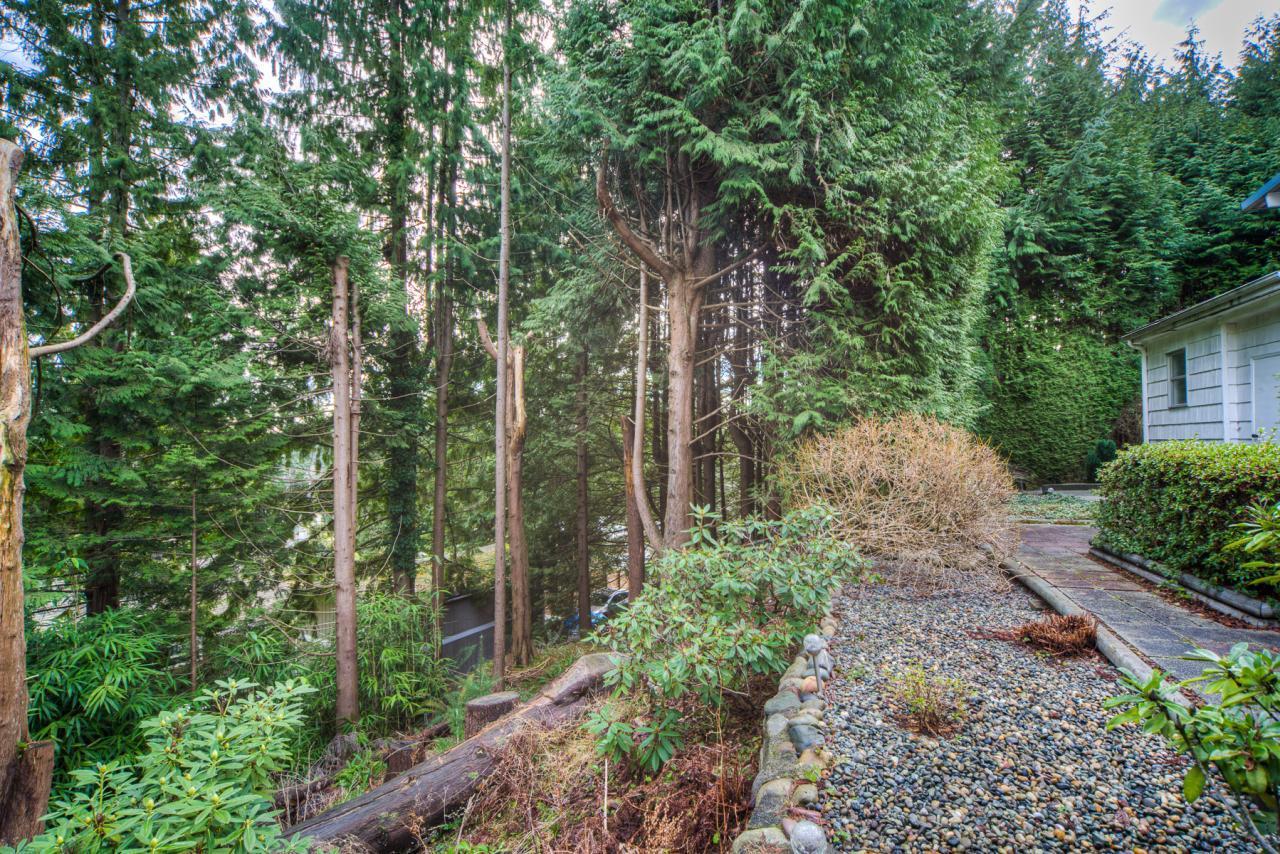 1662-Alderlynn-Drive-North-Vancouver-26s at 1662 Alderlynn, Westlynn, North Vancouver