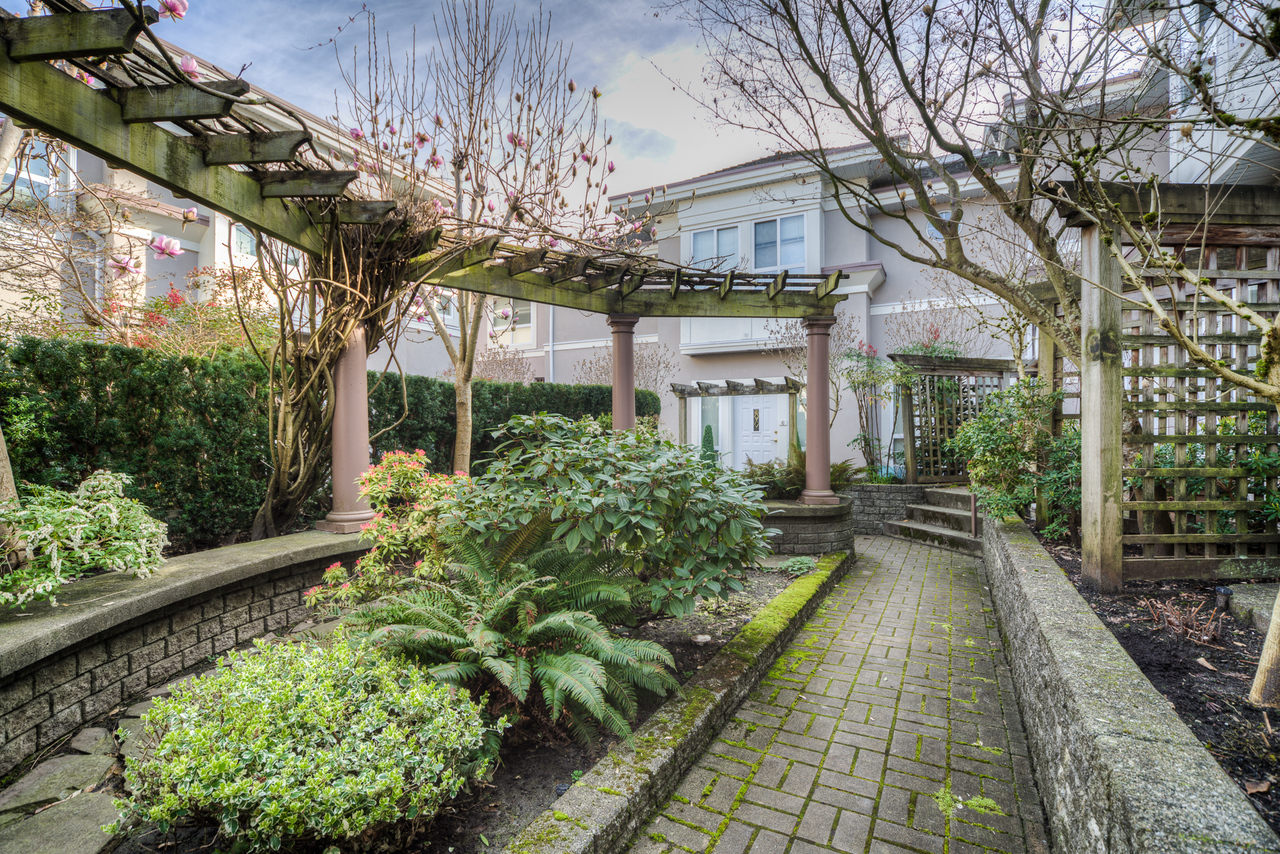 1 at 6 - 251 East 11th, Central Lonsdale, North Vancouver