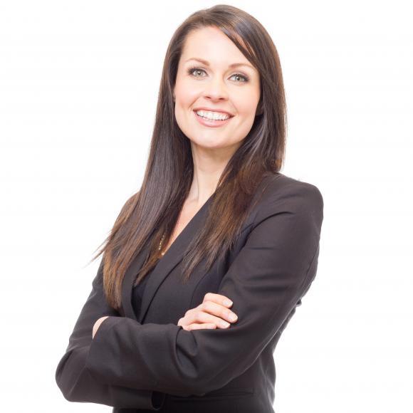 Carlee Jahelka Personal Real Estate Corporation, Advisor - Residential & Luxury