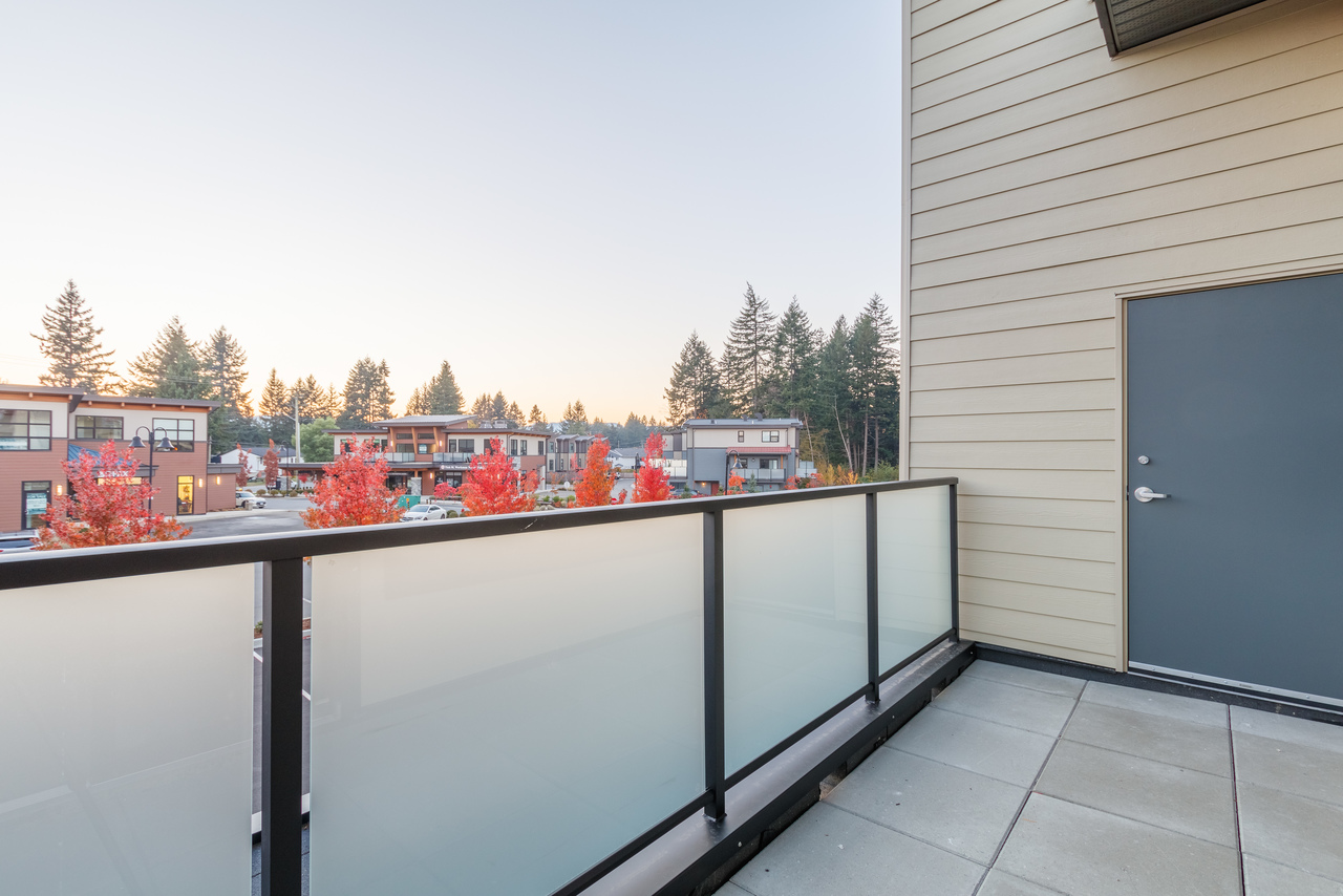 204e at 5160 Dublin Way, Nanaimo