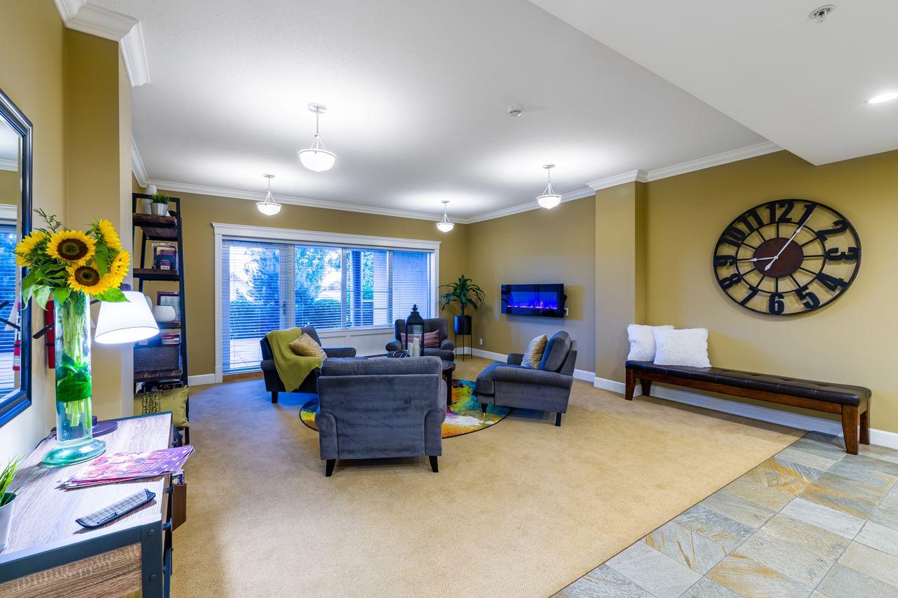 007 at 203 - 225 Rosehill Street, Brechin Hill, Nanaimo