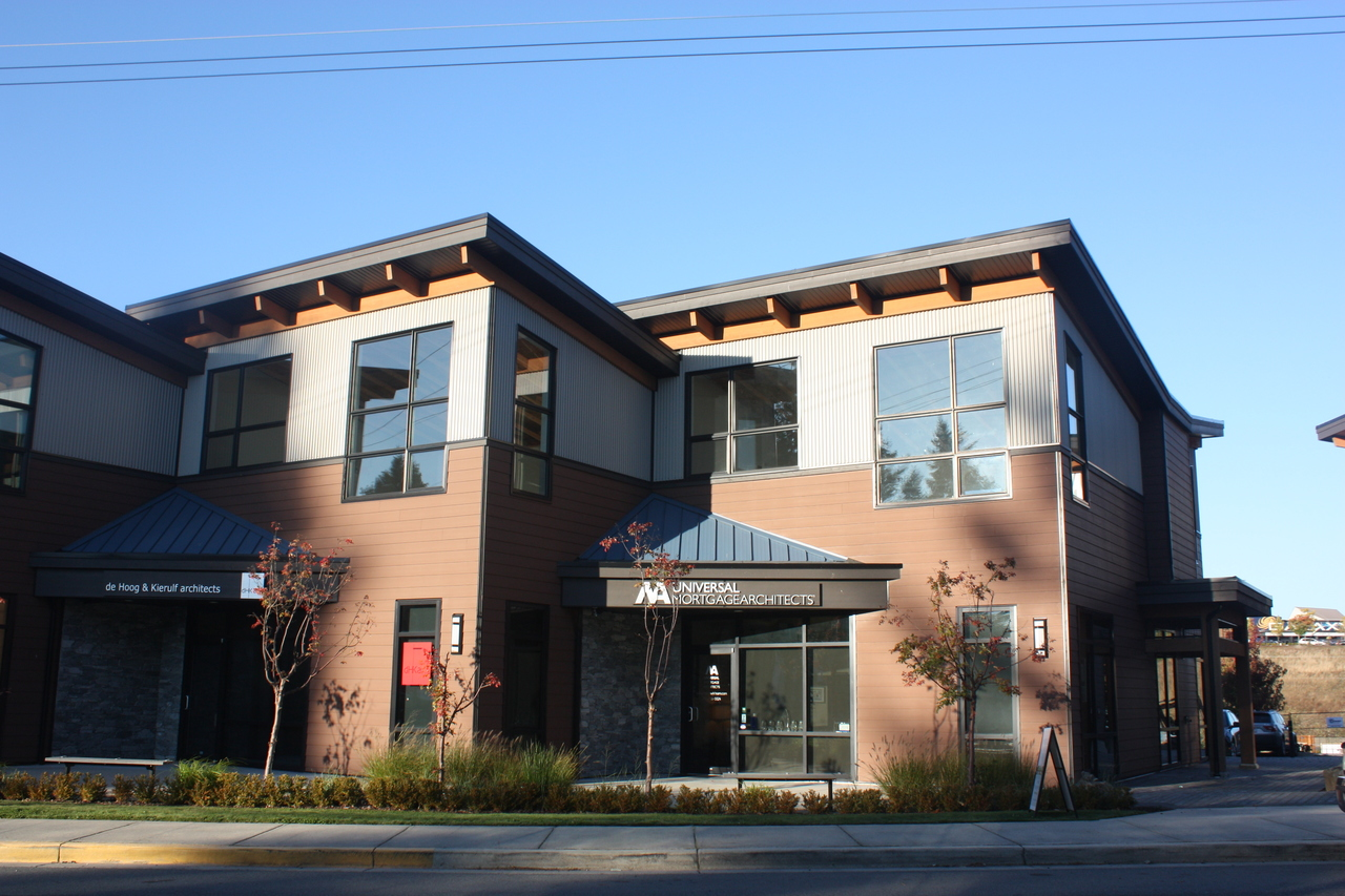 Nowik-1 at 201&202 - 5190 Dublin Way, Nanaimo