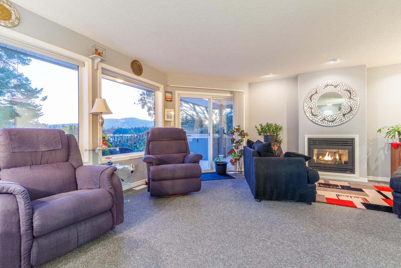 007 at 3712 Wiltshire Drive, Hammond Bay, Nanaimo