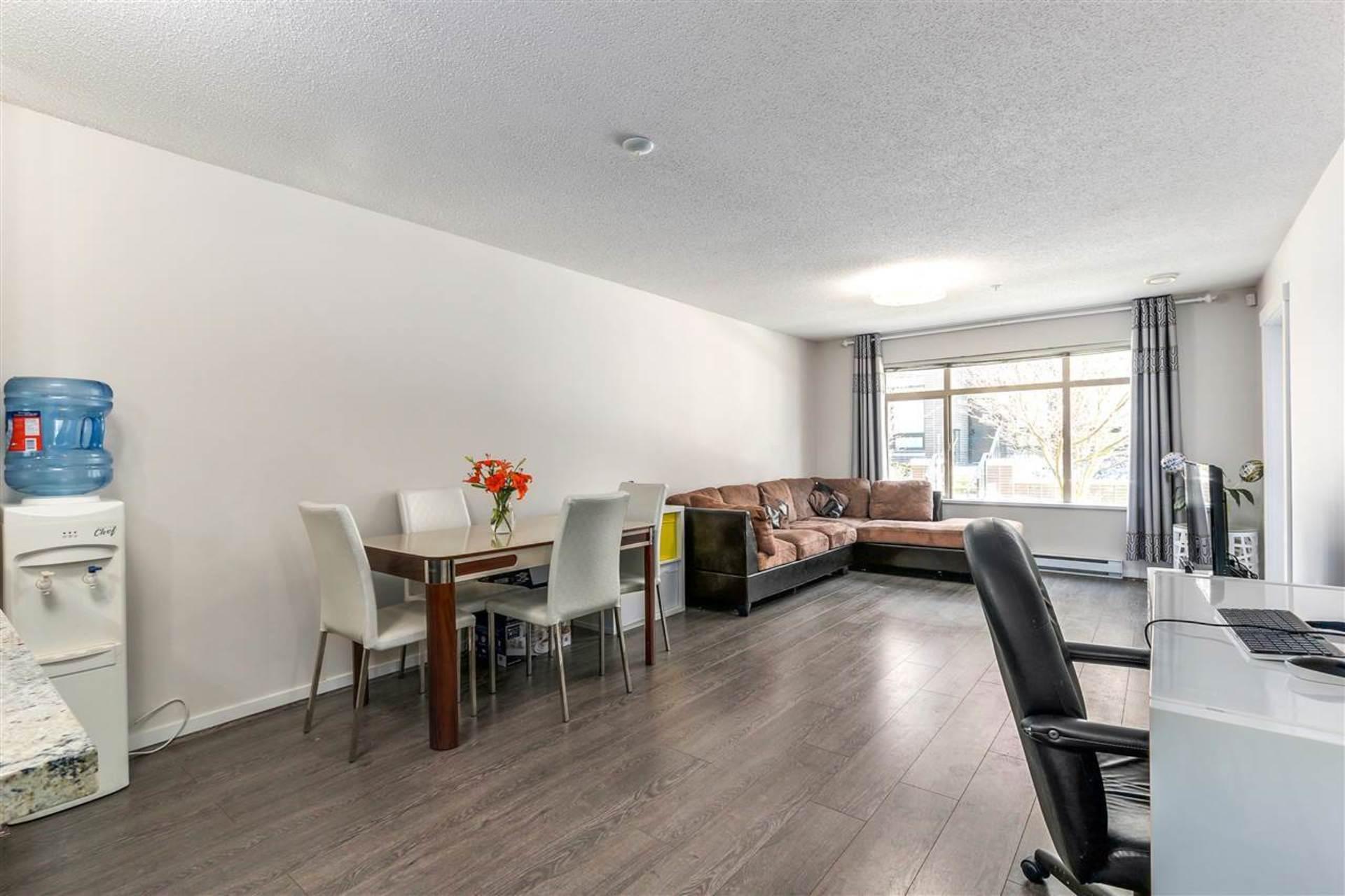 9299-tomicki-avenue-west-cambie-richmond-05