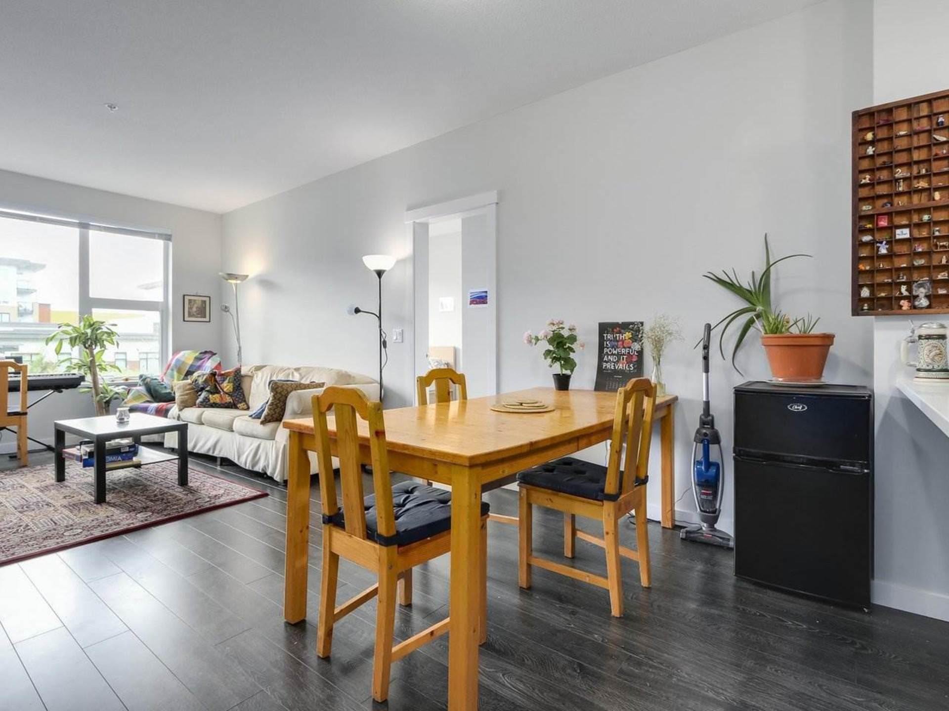 9388-tomicki-avenue-west-cambie-richmond-05