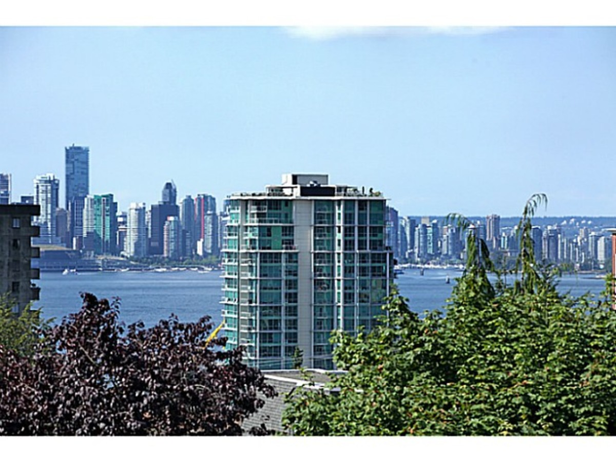 image-260582372-12.jpg at 206 East 5th Street, Lower Lonsdale, North Vancouver