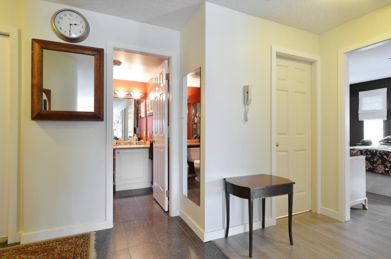 at 302 - 2091 Vine Street, Kitsilano, Vancouver West