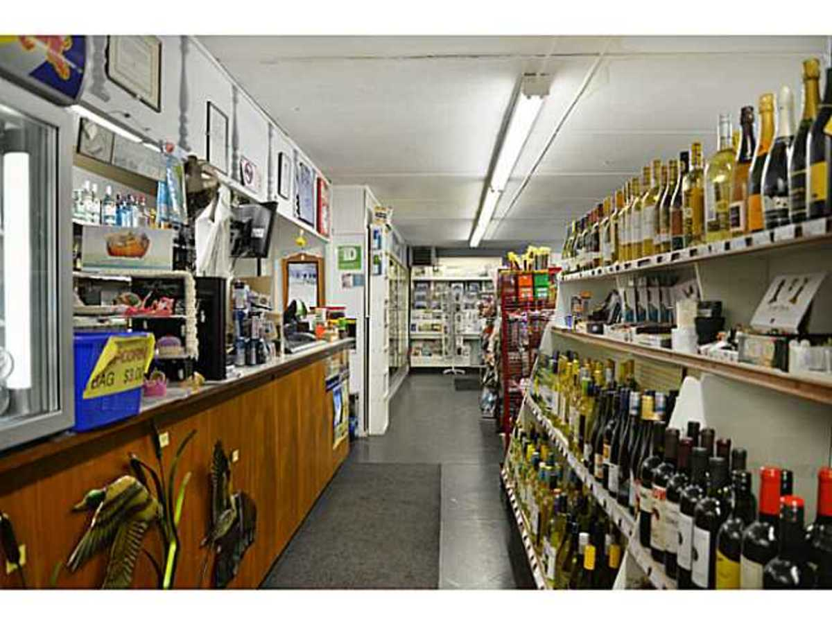 Store at 4907 Pool Road, Pender Harbour Egmont, Sunshine Coast