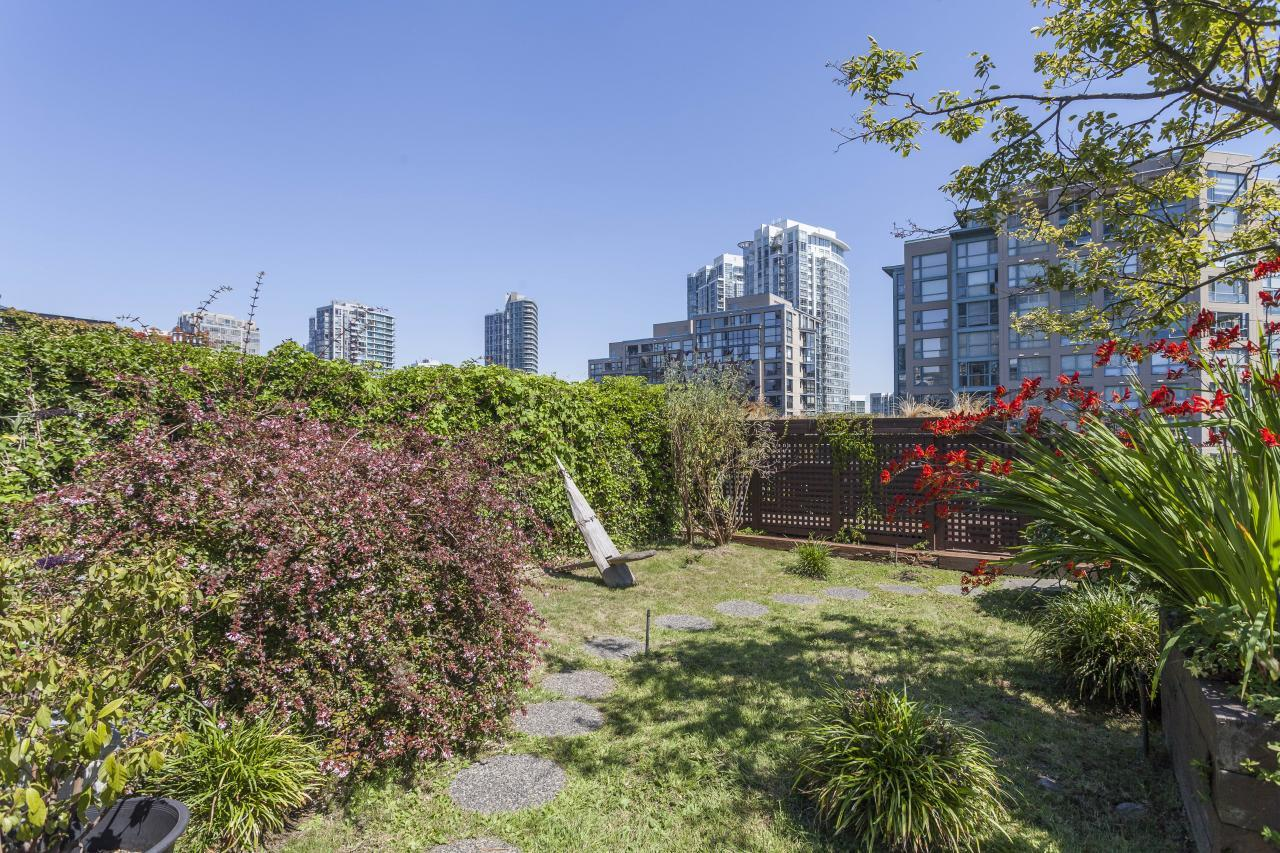 Common Roof Top at 401 - 1178 Hamilton Street, Yaletown, Vancouver West