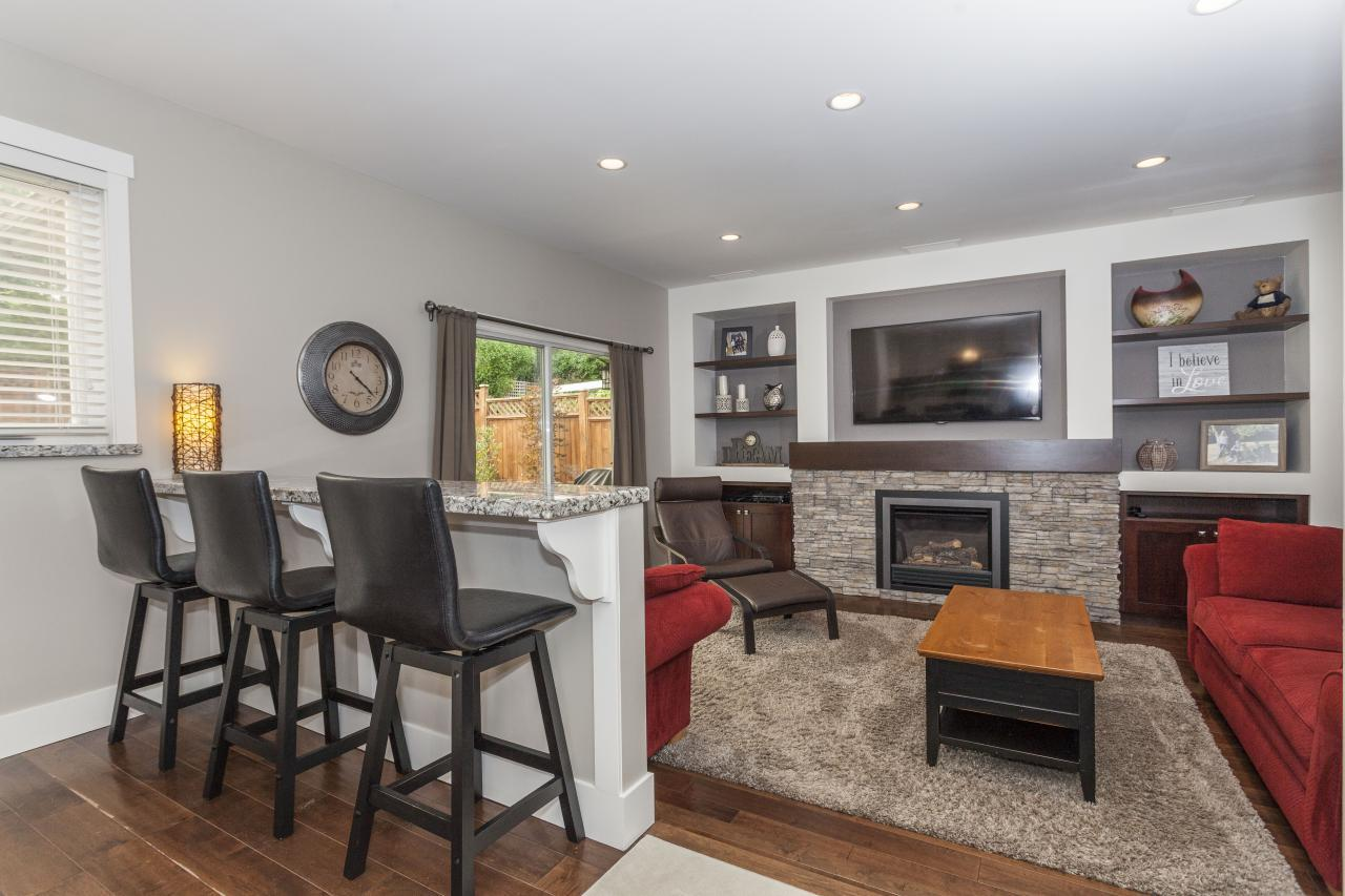 Breakfast Bar and Family Room at 3961 Pimlico Place, Oxford Heights, Port Coquitlam