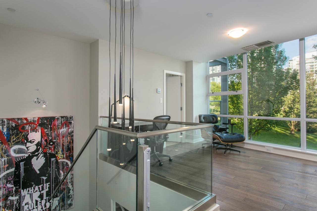 at 103 - 633 Kinghorne Mews, Yaletown, Vancouver West