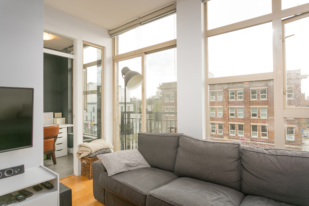 at 406 - 205 East 10th, Main, Vancouver East