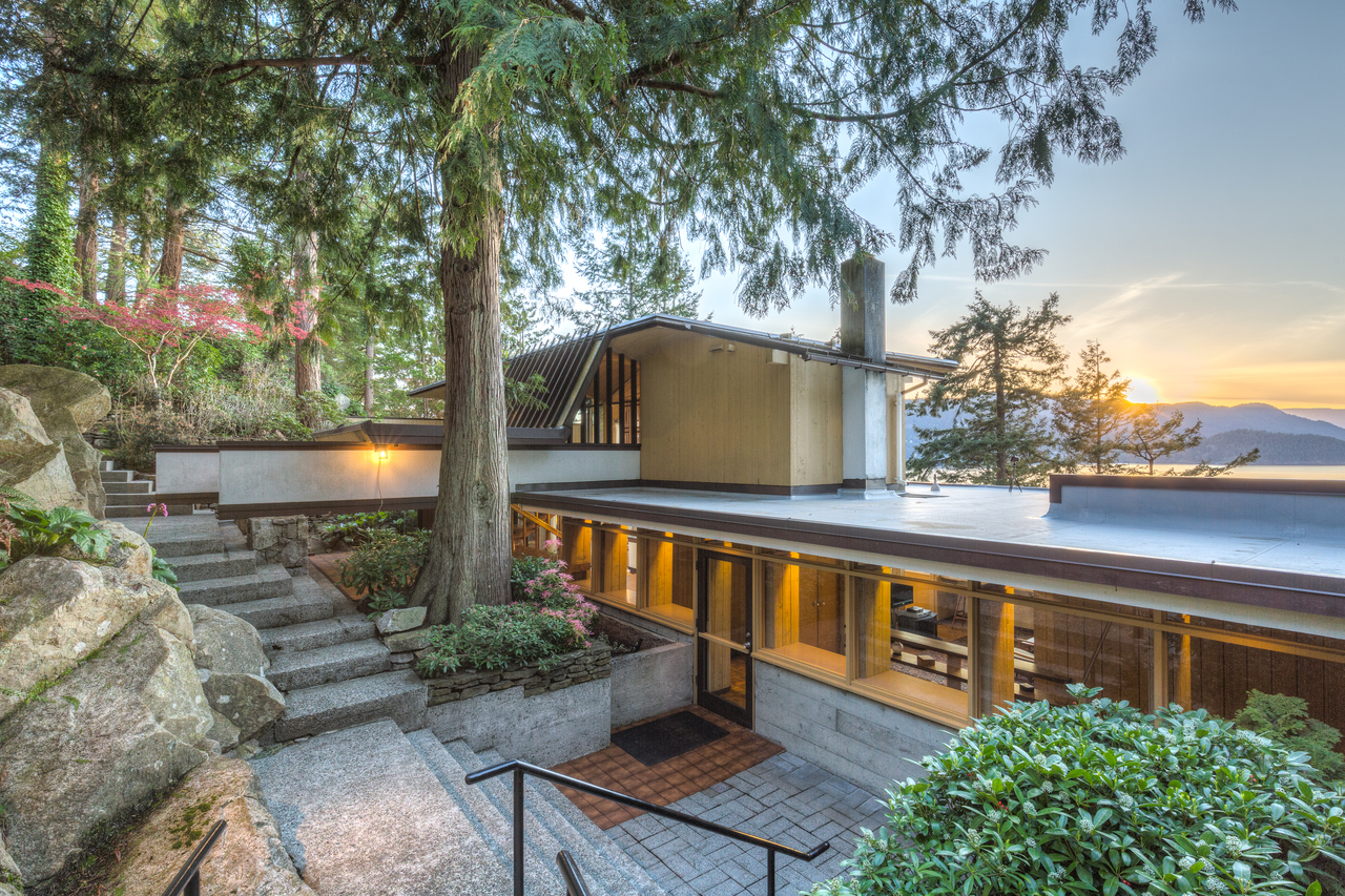 at 6245 Taylor Drive, Gleneagles, West Vancouver