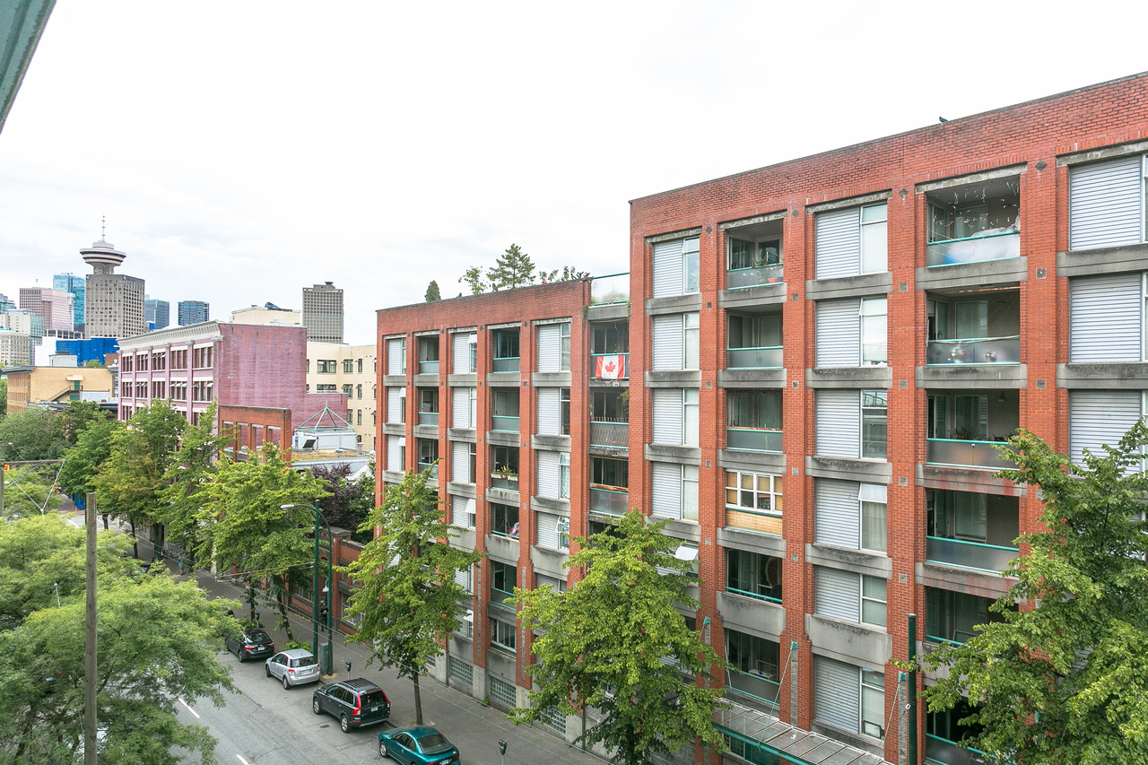 at 609 - 168 Powell Street, Downtown VE, Vancouver East