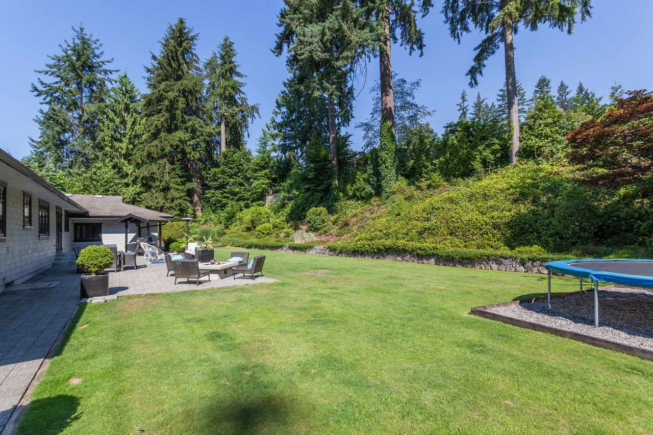 at 1414 Greenbriar Way, Edgemont, North Vancouver