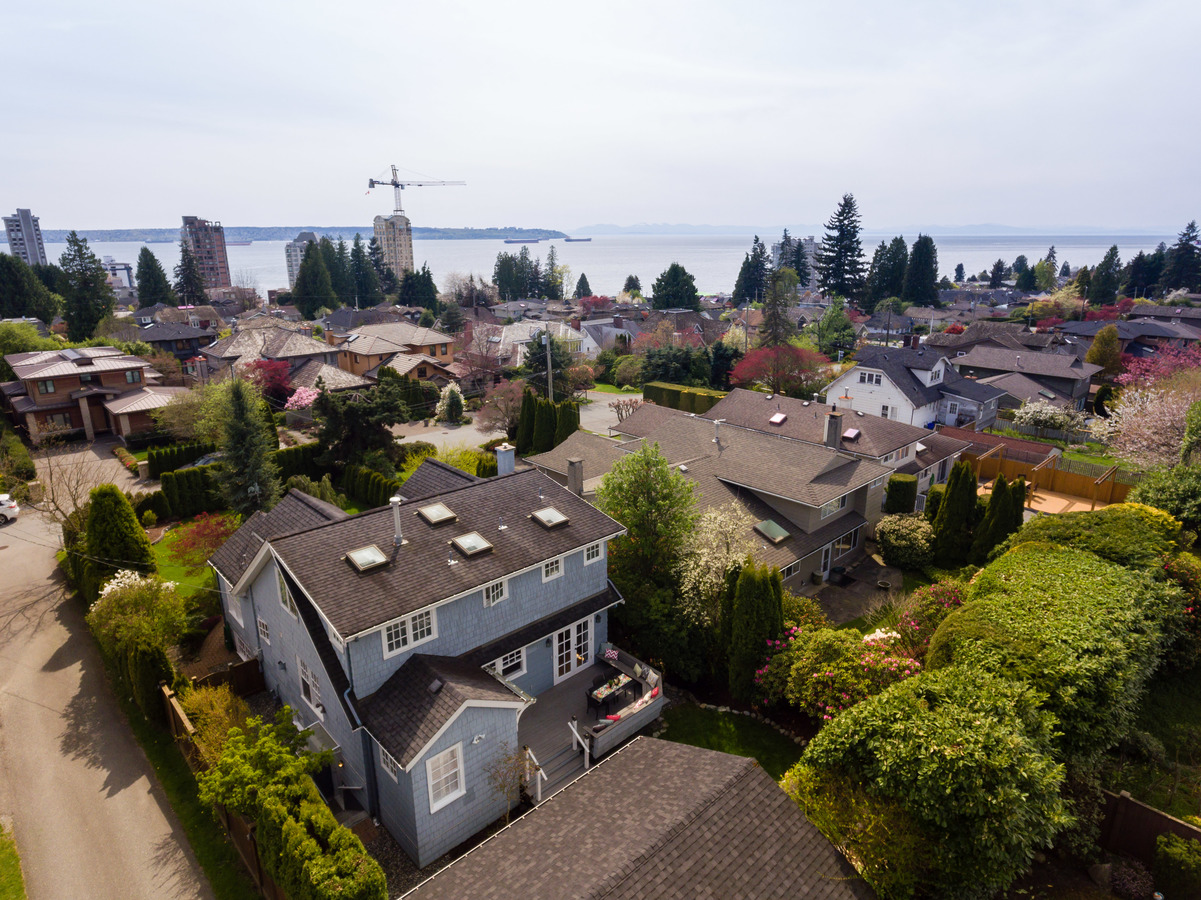 2221 Inglewood Avenue, Dundarave, West Vancouver