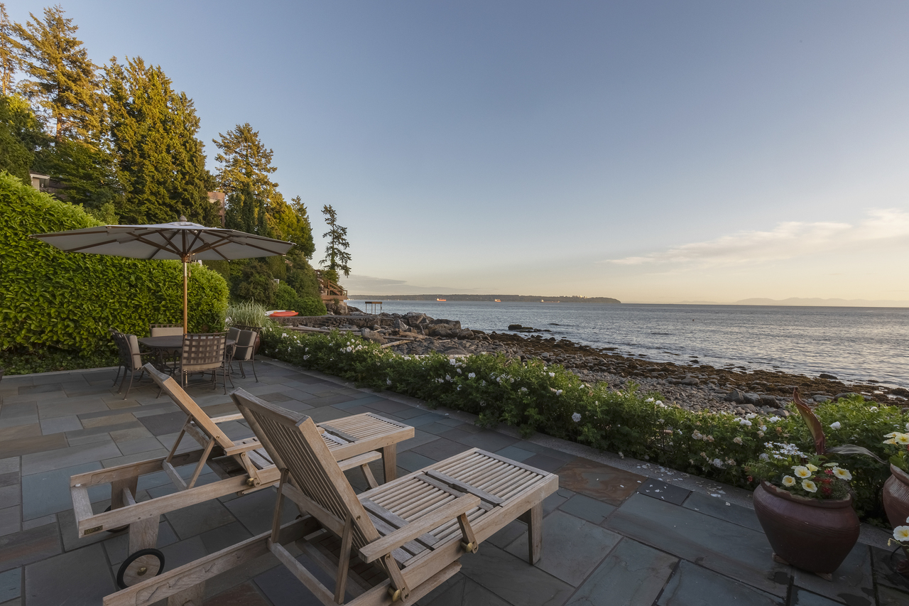at 3150 Travers Avenue, West Bay, West Vancouver