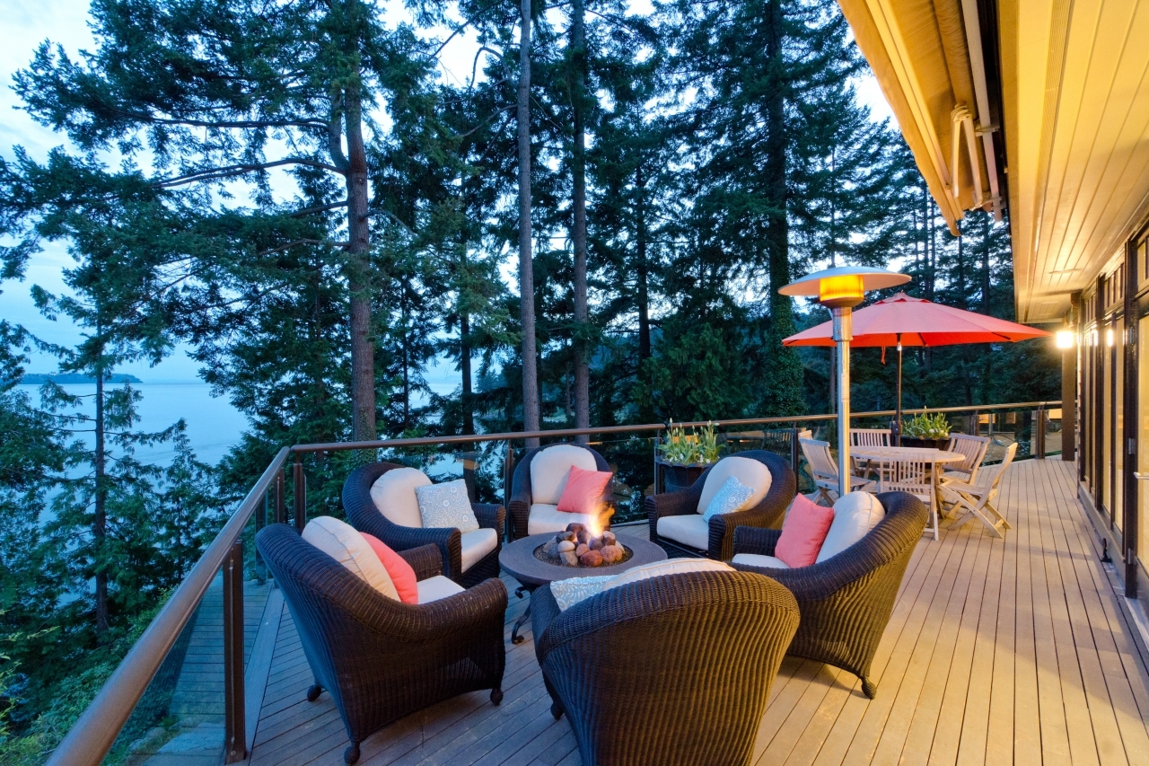 020 at 4586 Marine Drive, Olde Caulfeild, West Vancouver