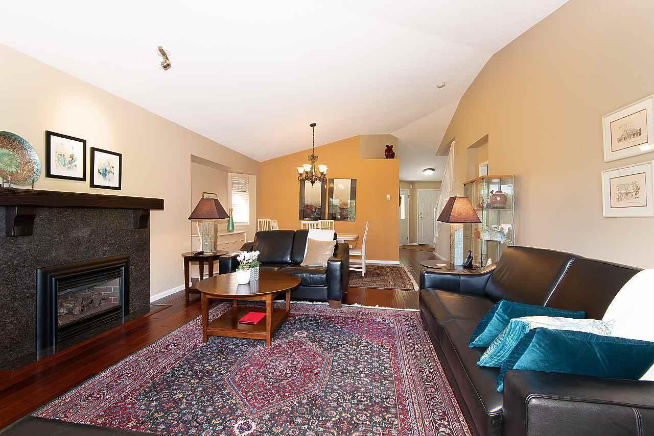 9208-208-street-walnut-grove-langley-03 at 4 - 9208 208 Street, Walnut Grove, Langley