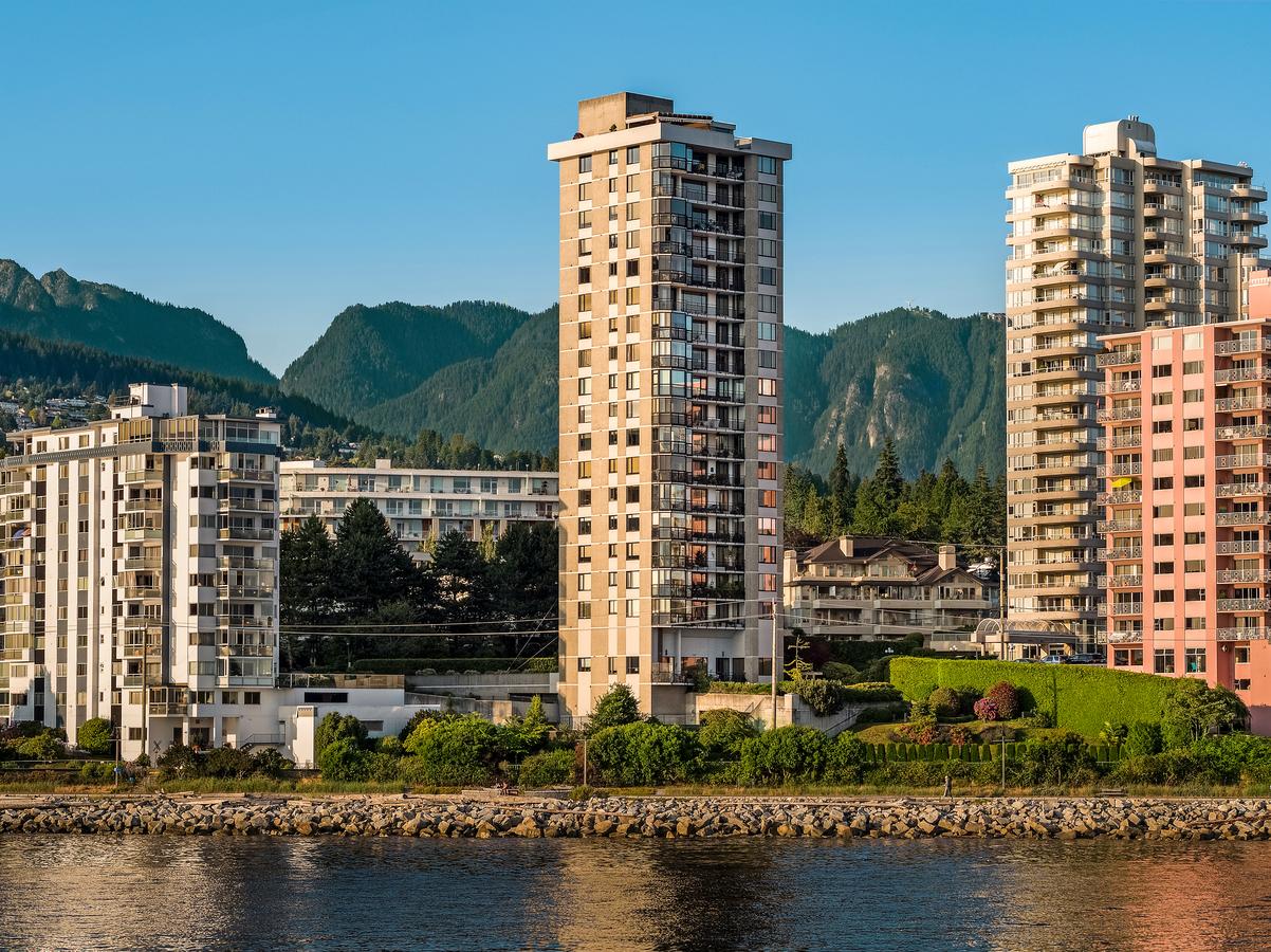 1501 - 2240 Bellevue Avenue, Dundarave, West Vancouver