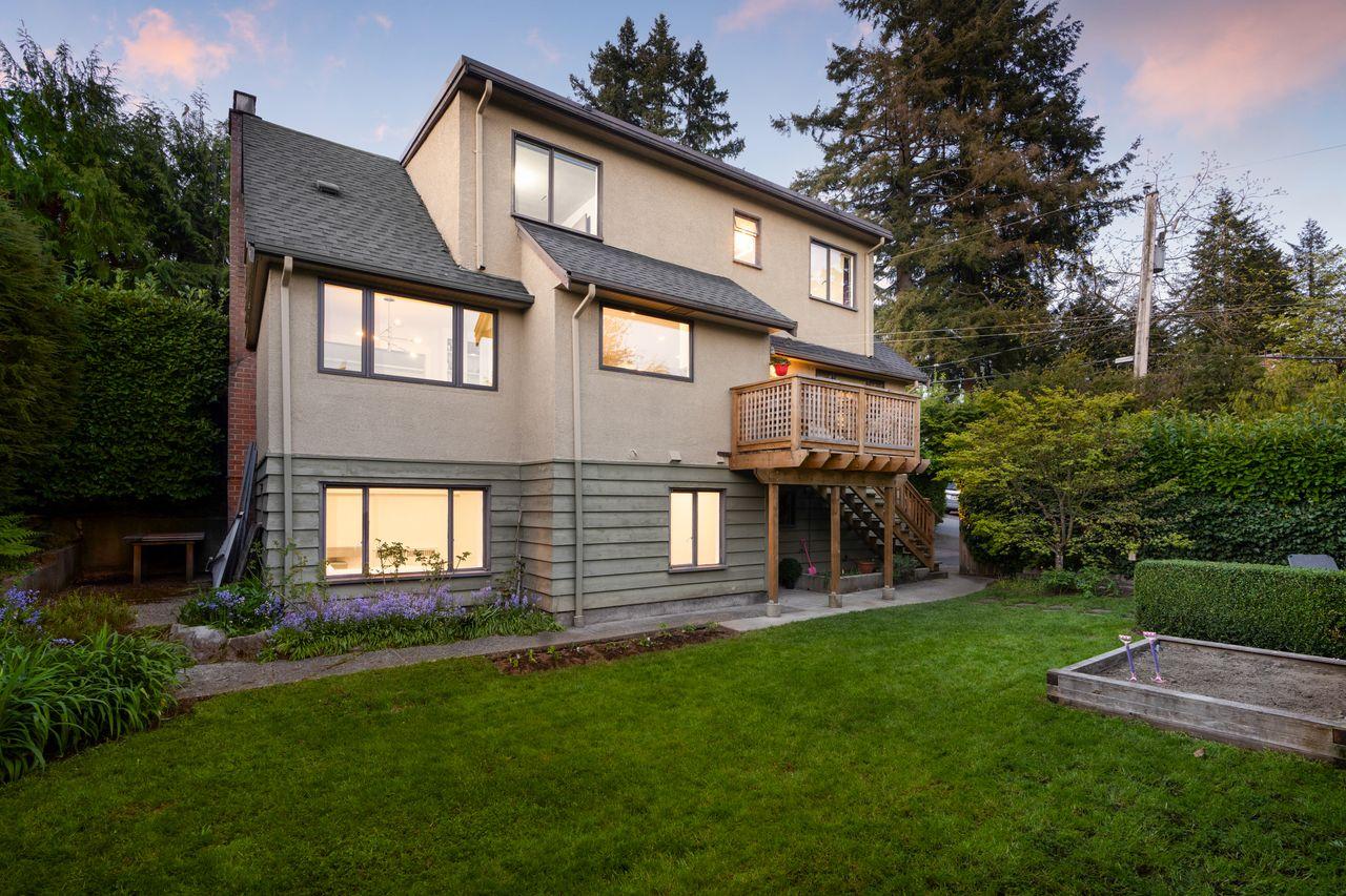 425-somerset-st-6379 at 425 Somerset Street, Upper Lonsdale, North Vancouver